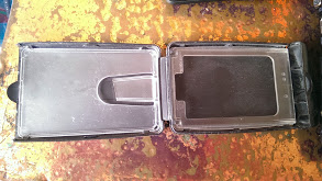 Jimi wallet interior